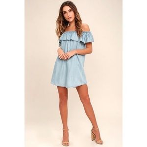 Lulus off the shoulder chambray dress (Never worn)